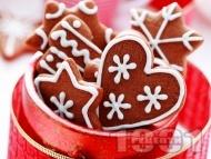 Коледни сладки с какао и захарна глазура